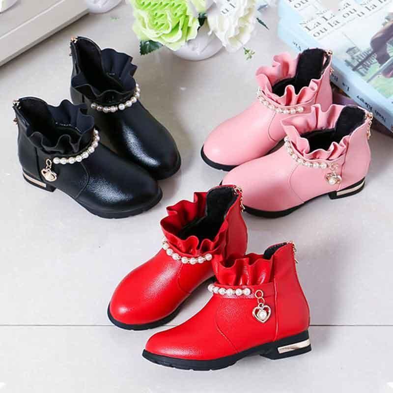 Botas para niños Tobillo de cuero Pearl Cadena Pantalones cortos de encaje para niñas de princesa Zapatos de vestir de resistentes de deslizamiento rojo plano.