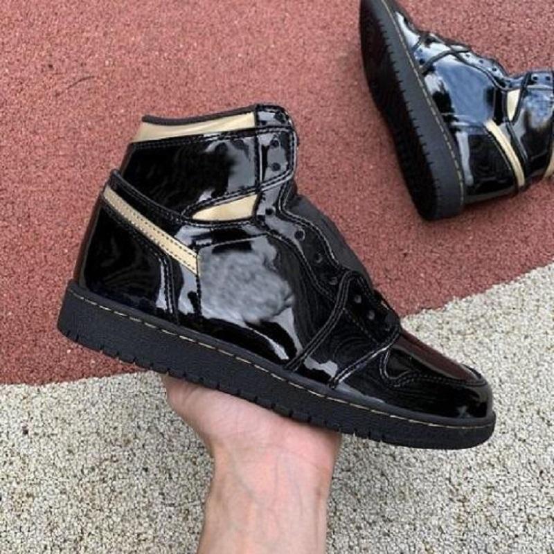 جديد منخفض المنخفض Jumpman 1 ثانية كرة السلة المرأة أحذية رمادي أسود Sail Spravis Scotts UNC Hyper Royal N7 الرجال النساء أحذية رياضية حذاء
