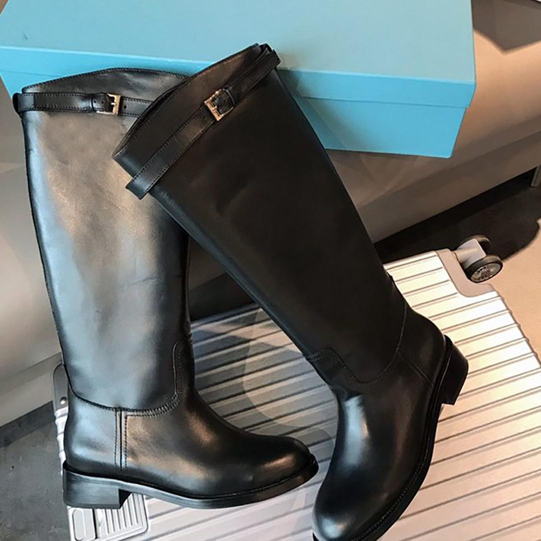 2021 Kadın Diz Çizmeler Avrupa ve Amerika Lady Tokaları Dizler Bootis Hakiki Deri Kadın Düz Çizme Boyutu 35-40