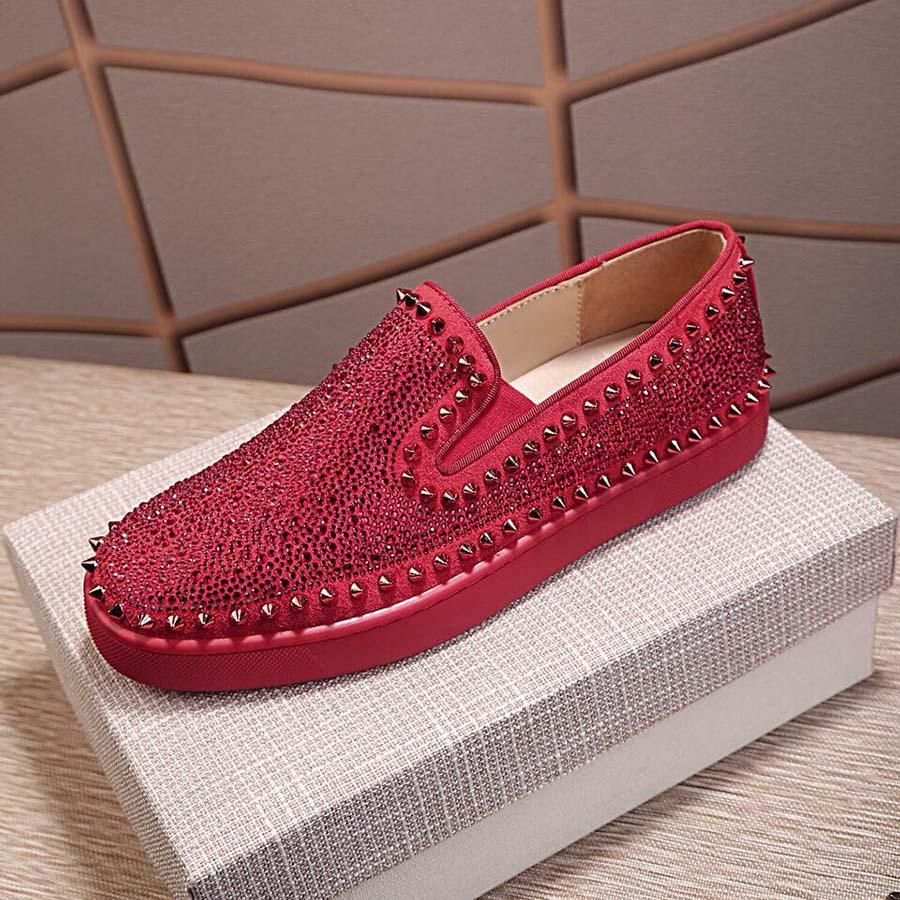 Обувь платформы сверкающие алмазные шипы заклепки синий красный белый черный скольжение на дизайнерские кроссовки натуральные кожаные повседневные туфли для мужских женщин