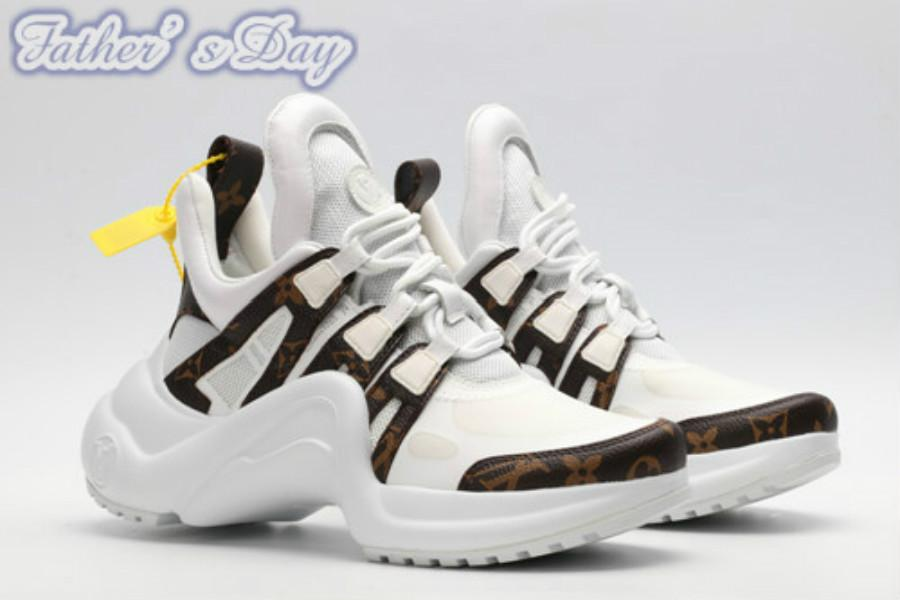 2020 أحدث حذاء نسائي النساء الرجال عارضة أحذية أسود أبيض المشي حبيب الأحذية 03