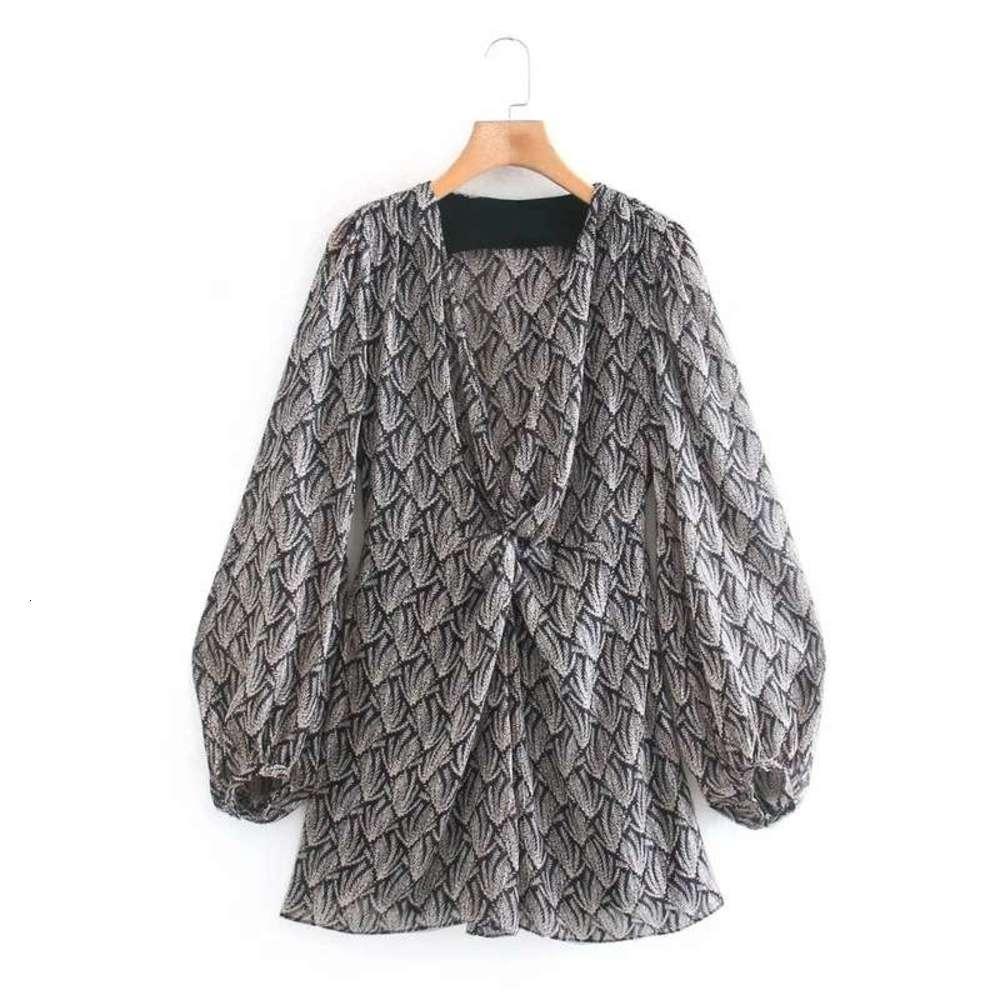Pileli Bahar 2021 Yeni Dekoratif Tarzı Fener Kollu Kare Boyun Mini Elbise