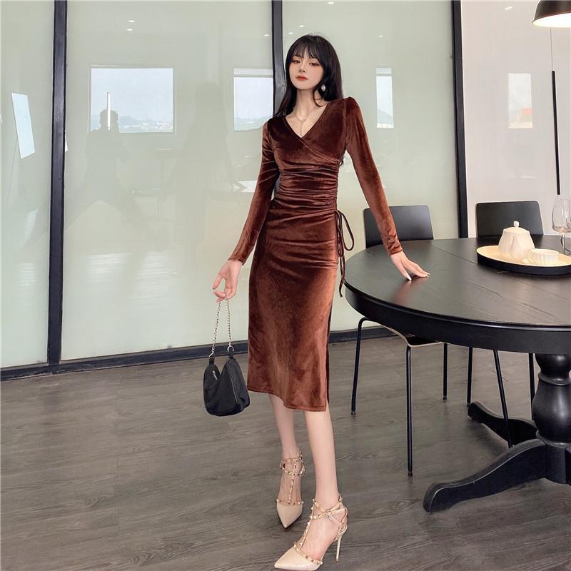 Real Shot 2021 New Fashion Temperament Women's Sexy Split Folds And Thin Velvet Dress
