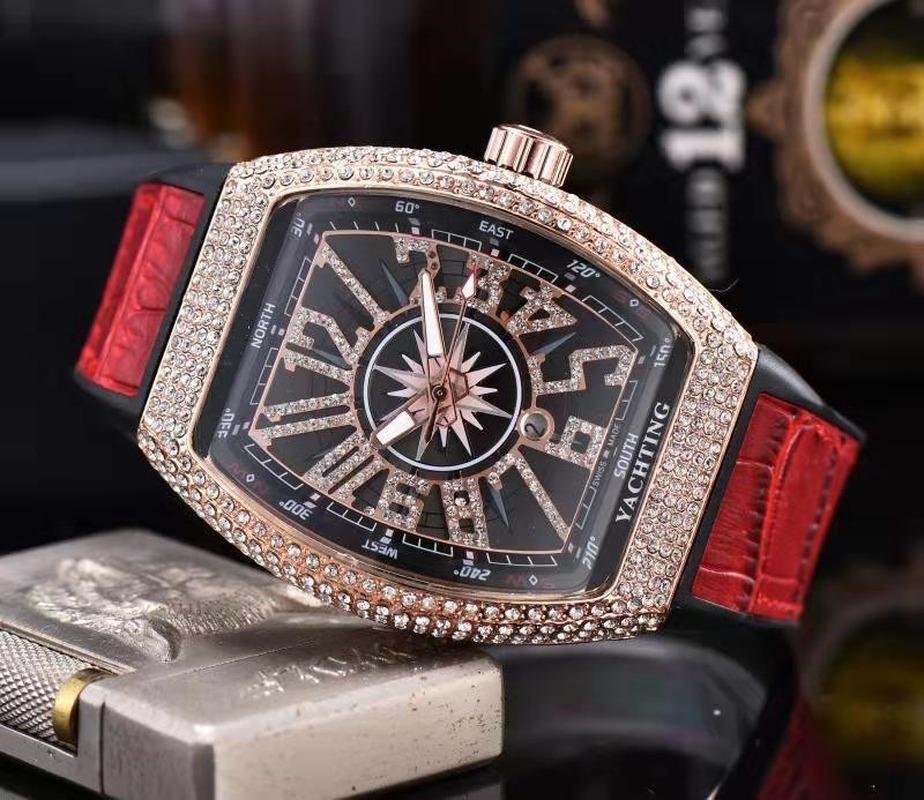 152 Chronograph Çalışma Yüksek Kalite Paslanmaz Çelik Erkek Üst Lüks Saatler Adam Çok İşlevli Moda Rahat Kuvars Watche