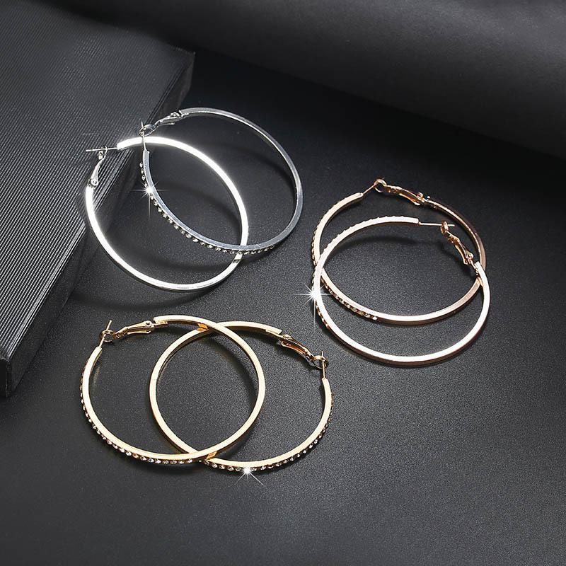 Boucles d'oreilles à la mode HOOP Huggie avec cercle strass Grande boucle de couleur d'or pour femmes