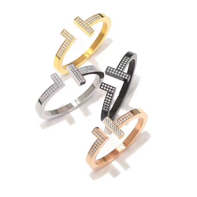أوروبا أمريكا أزياء نمط سيدة النساء التيتانيوم الصلب محفورة t إلكتروني إعدادات الماس فتح سميكة الإسورة سوار 4 اللون