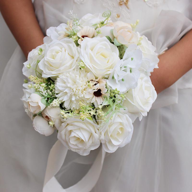 Beyaz Yuvarlak Düğün Çiçekleri Gelin Buketleri Simülasyon Güller El Yapımı Broş Düğün Fotoğraf Dekorasyon Aksesuarları De Mariage