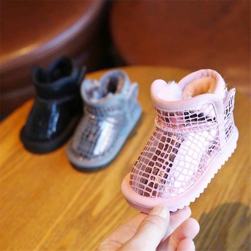 Baby stivali da neve 2020 caldi peluche scarpe infantile invernali moda scarpe di cotone di moda in pelle PU cuoio impermeabile antiscivolo stivali bambino w1217