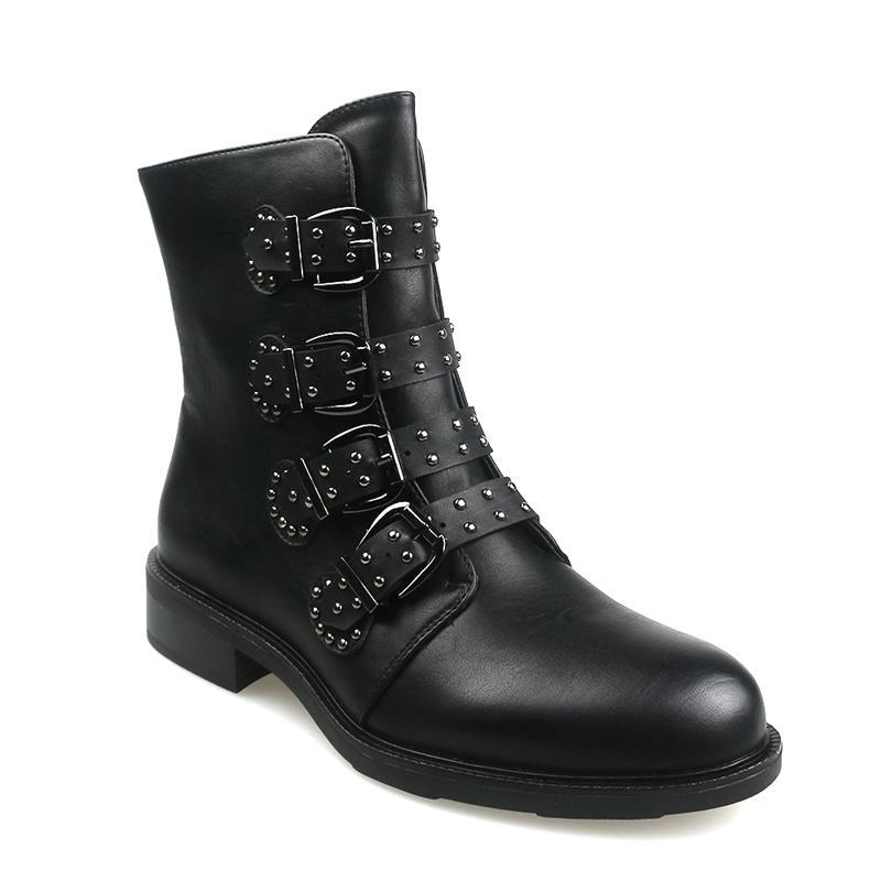 Deri Kadın Ayak Bileği Çizmeler Sonbahar Perçin Toka Kısa Çizmeler Bayanlar Düz Moda Kadın Siyah Kış Punk Motosiklet Ayakkabı 201031