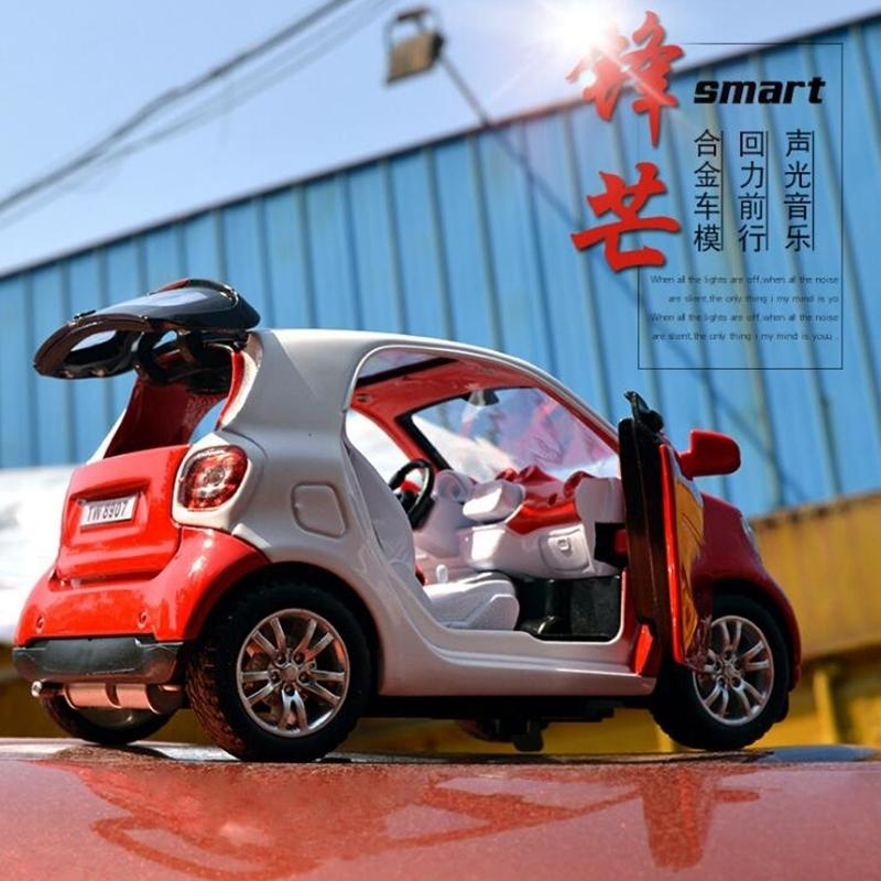 New 1:32 SMART FOR TWO Alloy Car Model Baby Toy Educational With Pull Back Musical Flashing For Boys Kids Gifts LJ200930