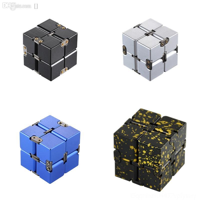 0p6Ug Funny corolful street Metal combed cotton cube Aluminum Alloy creativity Novelty jacquard socks Infinite Cube 2x2 rubik's Man