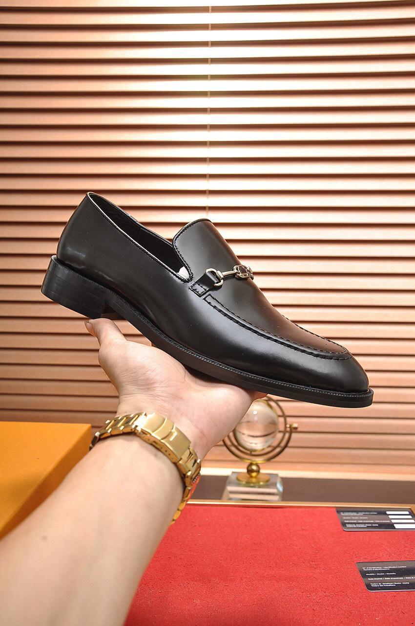 20FW Italiano Marchi di lusso Mens Dress Shoes Oxford Scarpe da uomo Brogues Zapatos de Hombre de vestir formale sapato sociale masculino ancorac5