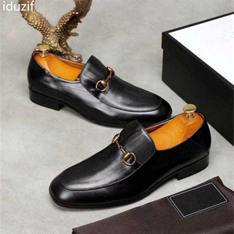 Find Similar 2019 diseñadores de marcas de lujo para hombres Glitter, zapatos cómodos de Medusa, zapatos de vestir formales para el novio, regalo de boda