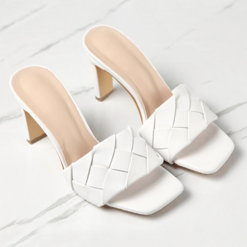 2020 nuevos tacones altos Sandalias de tela y zapatillas de tacón cuadrado al aire libre usan zapatos de mujer blanca k2bp
