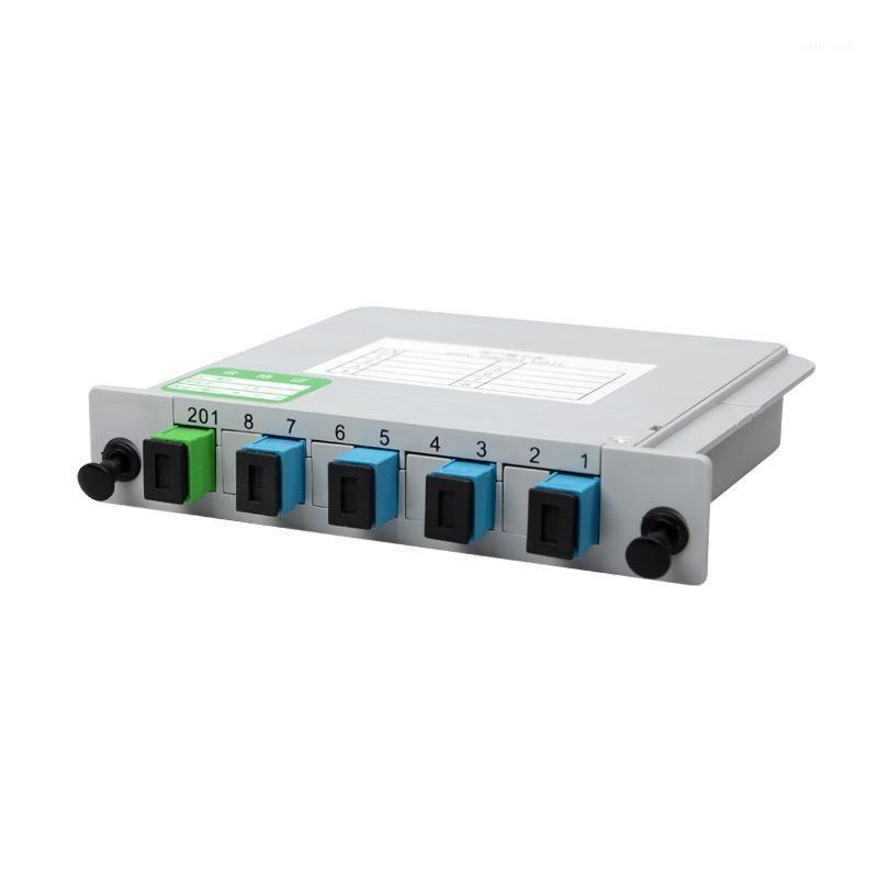 Équipement de fibre optique 10 pcs / lot optique optique splitter cassette de type 1: 4 1x4 OPITC SC Connecteur APC UPC FC
