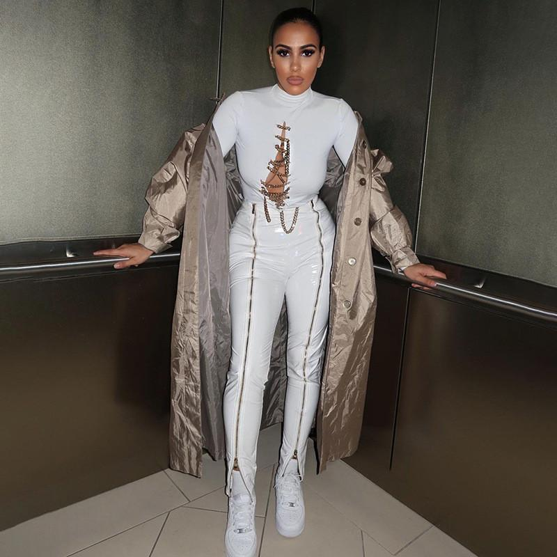 Cravate à la chaîne Avant manches longues T-shirts White Femmes Skinny Casual Tops Solide Hollow Out Mode Modycon Mockcon Tee 2020