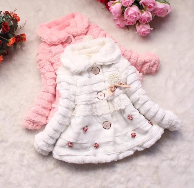 Venda quente New Girls 'Foreign Comércio Inverno Casaco Meninas Maomaopin pérola pingente casaco de alta qualidade maomaocoat