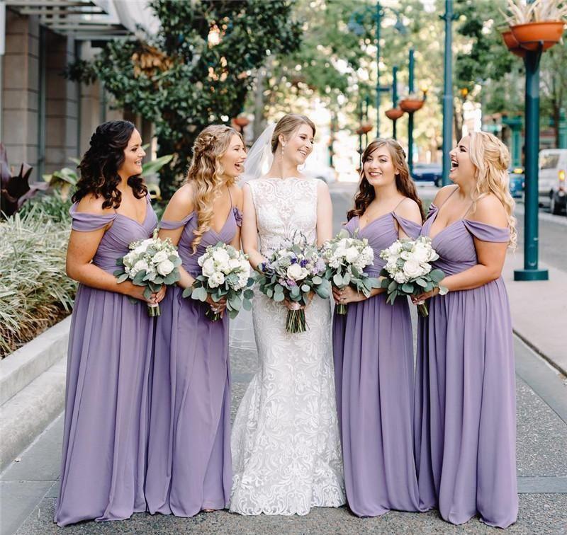 PLUS Taille Lavender A Line Robes de demoiselle d'honneur Longues Spaghetti Straps Ploits De Style Country Style De Mariage Head Head Head Robes