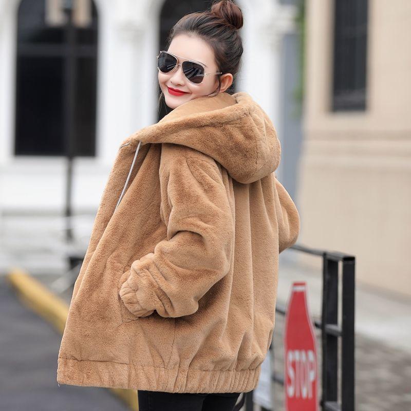 النساء 2021 الخريف الشتاء فو معطف الفرو الإناث سميكة الدافئة لينة سترة السيدات فروي مقنعين معطف عارضة أفخم قميص C200