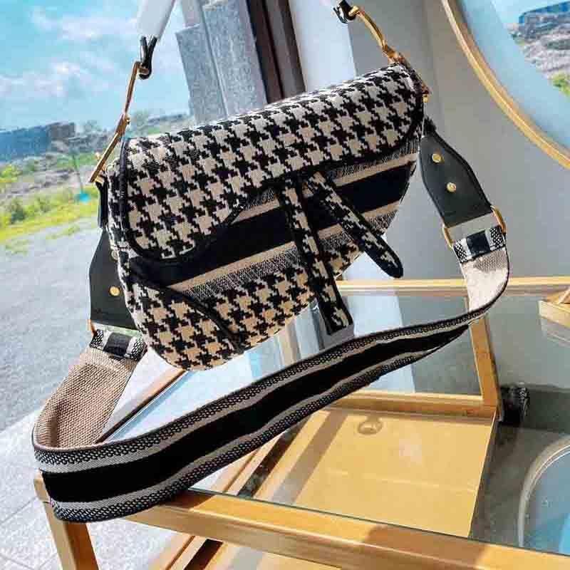 2020 حار بيع الاتجاه جودة عالية السيدات محفظة الأزياء التطريز السرج أكياس الصخور حقيبة رسول حقيبة سيدة حقيبة فاخرة مساء حقيبة