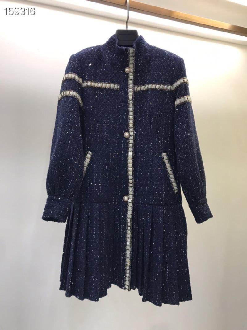 2020 Caída de pie cuello bordado costura Pearl Button Tweed Slim Vestido