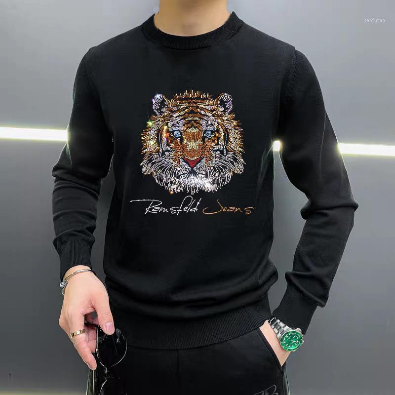 Siyah / Beyaz Örme Kazak Kış erkek Kazak Sıcaklığı Moda Kaşmir Bluz Sıcak Matkap Tasarım Yeni Hip-Hop Streetwear1