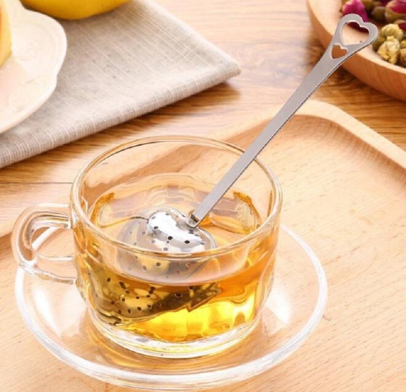 Tea en forme de coeur Infuser Mesh Mesh Filmeur en acier inoxydable Verrouillage à base de plantes Tea Infuser Cuillère Cuillère Sproon Poignée de douche Tableau de douche DHF3482