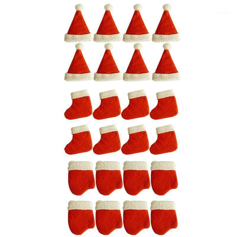 24pcs Happy Cadeau de Noël Vaisselle de Noël Couteau Fourchette Set Chapeau Gants Chaussettes Tool d'Argenterie Porte-Argenterie Pochettes Poches Dîner Table Decor1