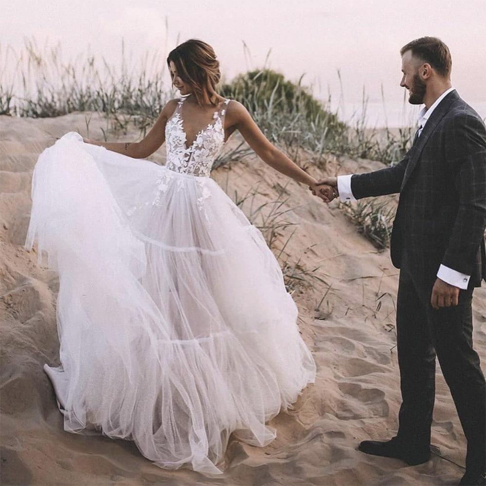 2021 Abiti da sposa Pizzo Applique Top Abiti da sposa Backless Sheer Straps Beach Plus Size Denti da sposa Abito da sposa Pavimento Lunghezza del pavimento DE SOIRÉE MARIÉE