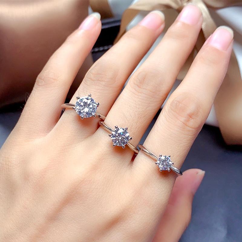 Anillo de Moissanite Real 925 Joyería de plata esterlina para las mujeres Regalo de aniversario de boda 0.5CT 1CT 1CT 2CT Lab Diamond con certificado