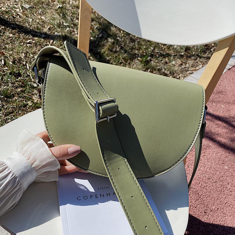 Bayanlar Çanta Çanta Bayanlar Moda Katı Çevirme Tasarımcısı Renkli Omuz PU 2021 Deri Bir Omuz Messenger Çanta TPTMK