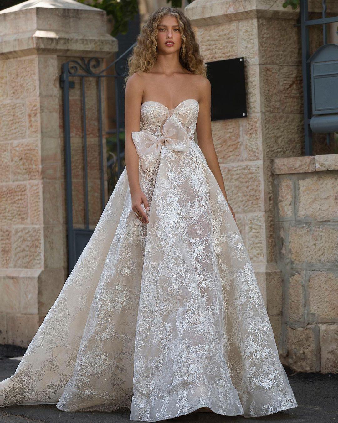 Elegant Boho Wedding Dresses 2021 Sweetheart Lace Applique Undefined Beach Bridal Gowns Robe De Soirée De Mariage