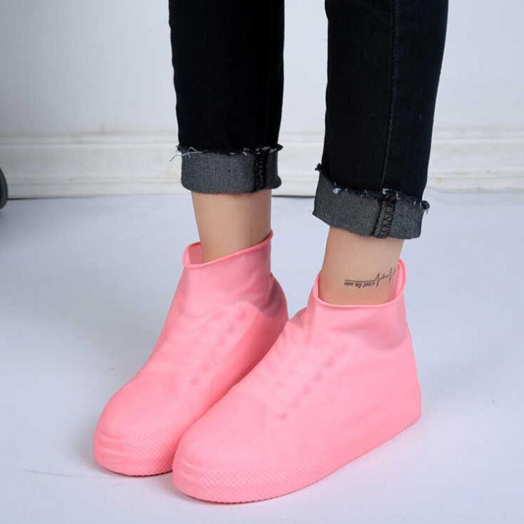 Латекс водонепроницаемая дождевая обувь охватывает анти дождь водяная обувь одноразовые скользящие резиновые резиновые дождевые ботинки ботинки Обувь аксессуары GGB3351