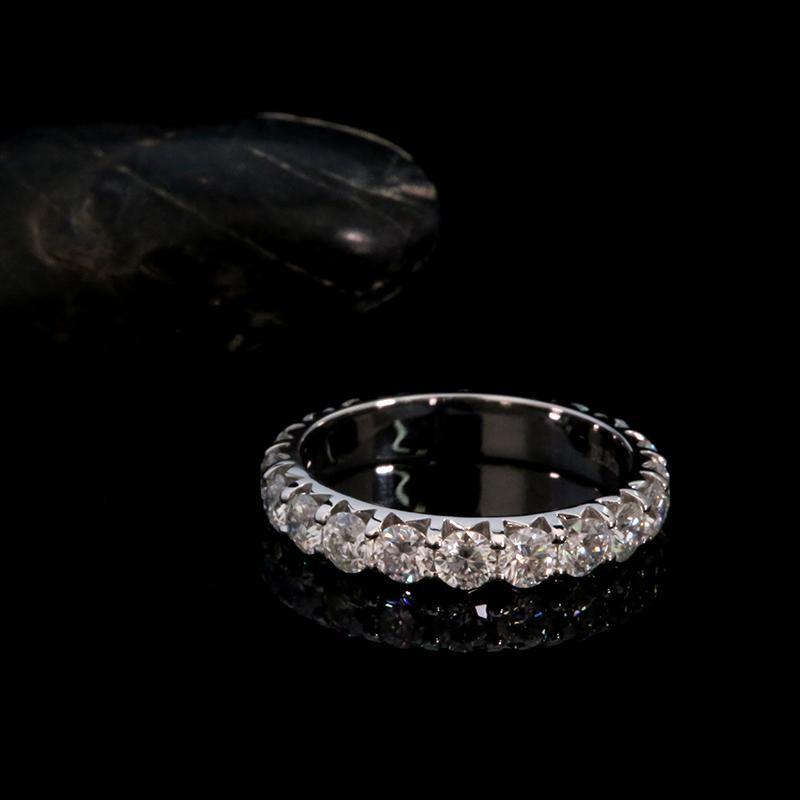AEAW Solid 14K Weißgold Runde Moissanite Entrise Full Diamond Band 3mm 0.1ct 2.0CTW DF Farbe für Frauen Z1117 Z1119
