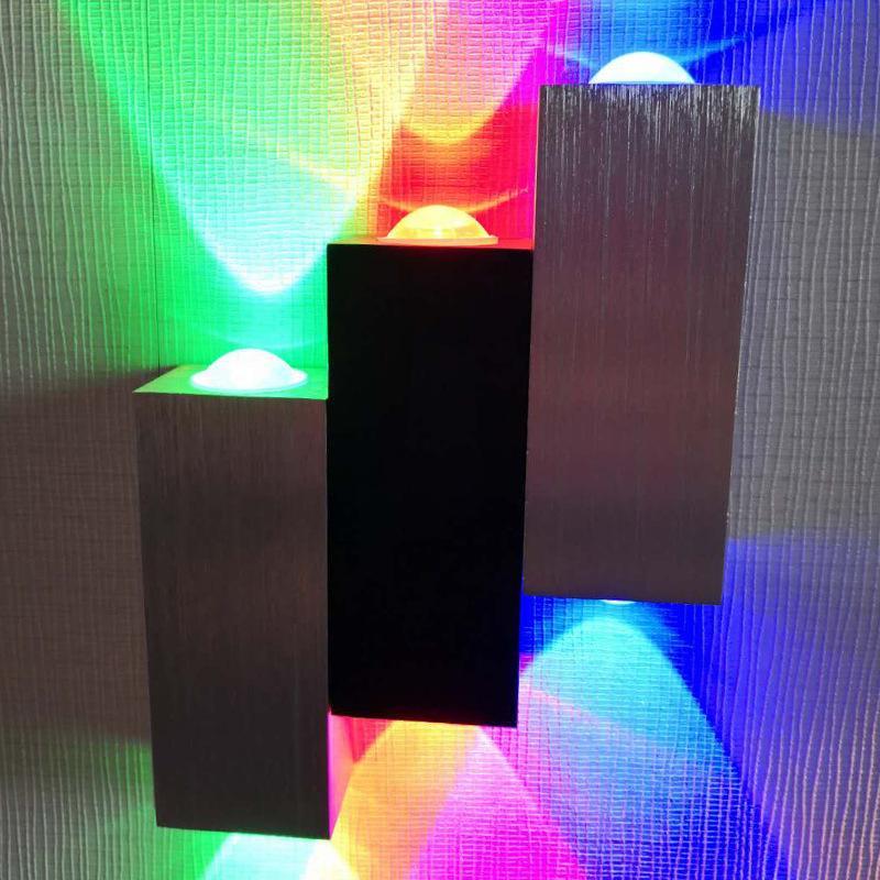 LED Zeichnung Aluminium Wandleuchte Hotel Apartment Wohnzimmer Licht Bar Rot Grüne und blaue Tricolor Dekorative Lampen 28zl J2