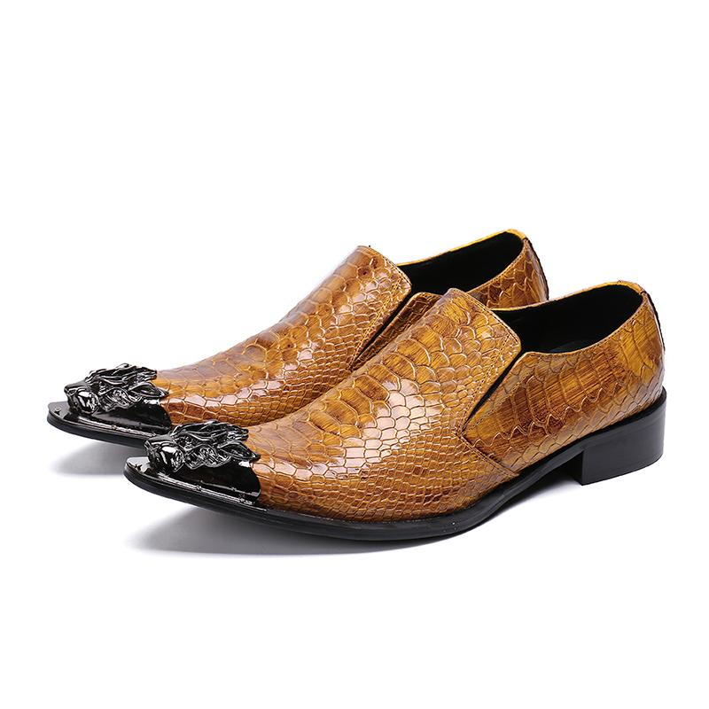 Chaud Sale-Luxury Metal Poiny Toe Business Chaussures Chaussures pour hommes Chaussures En Cuir Brun Slip-On Mode Robe de mode Chaussures pour hommes