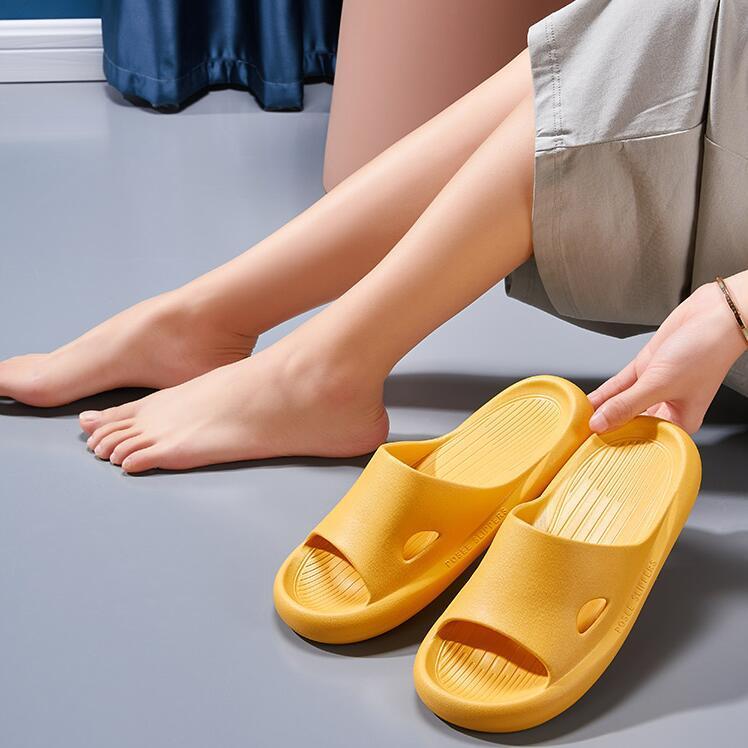 Kadın Sandalet Chaussures Beyaz Siyah Sarı Kırmızı Slaytlar Terlik Bayan Yumuşak Rahat Ev Otel Plaj Terlik Ayakkabı Boyutu 35-40 13