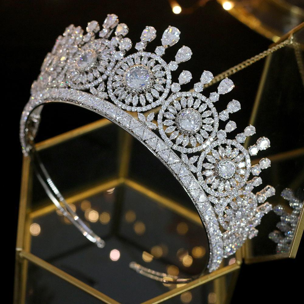 Klassische neue Hochzeit Haarschmuck Kopfschmuck Elegante Zirkonia Kristall Tiara Braut Krone Hohe Qualität Schmuck Luxus Krone Y1130