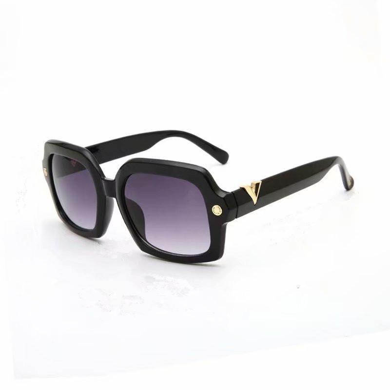 Дамы мода бренд роскошные ретро солнцезащитные очки UV400 негабаритный дизайнер с очками очки шоппинг зеркало женщин классические солнцезащитные стекла Egmkh