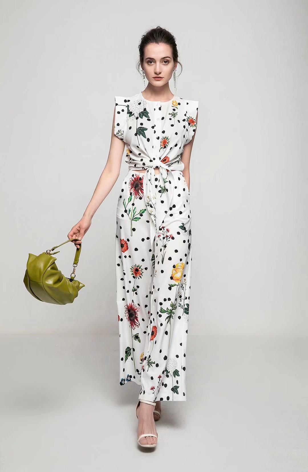 Pantalon de deux pièces de mode élégant pour femmes 2021 Été Nouvelle-Dame et fille occasionnel Set de deux pièces d'impression Ensembles d'usure
