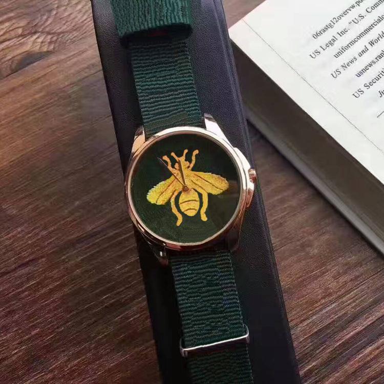 Luxury Fashion Bee Hombres y mujeres Pareja Pequeña abeja Cuarzo Reloj Nylon Cinturón deportivo y reloj de ocio Reloj de alta calidad Regalo de Relogio