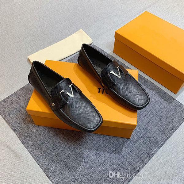 Yüksek Kaliteli erkek Elbise Ayakkabı Rahat Flats Alt Loafer'lar Moda Lüks Metal Düğme Bezelye Ayakkabı Erkekler Için Klasik Sürüş Ayakkabı