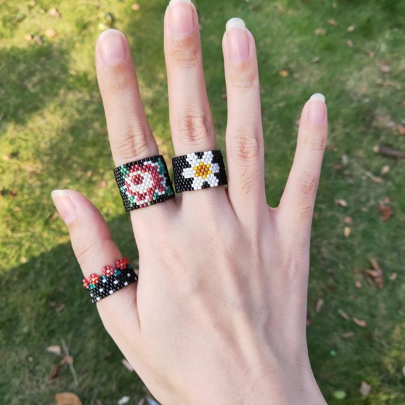 Fairywoo Punk Anelli Set per le donne gioielli verde anello fiore anello a mano per perline Miyuki crystal dichiarazione anello all'ingrosso spedizione gratuita