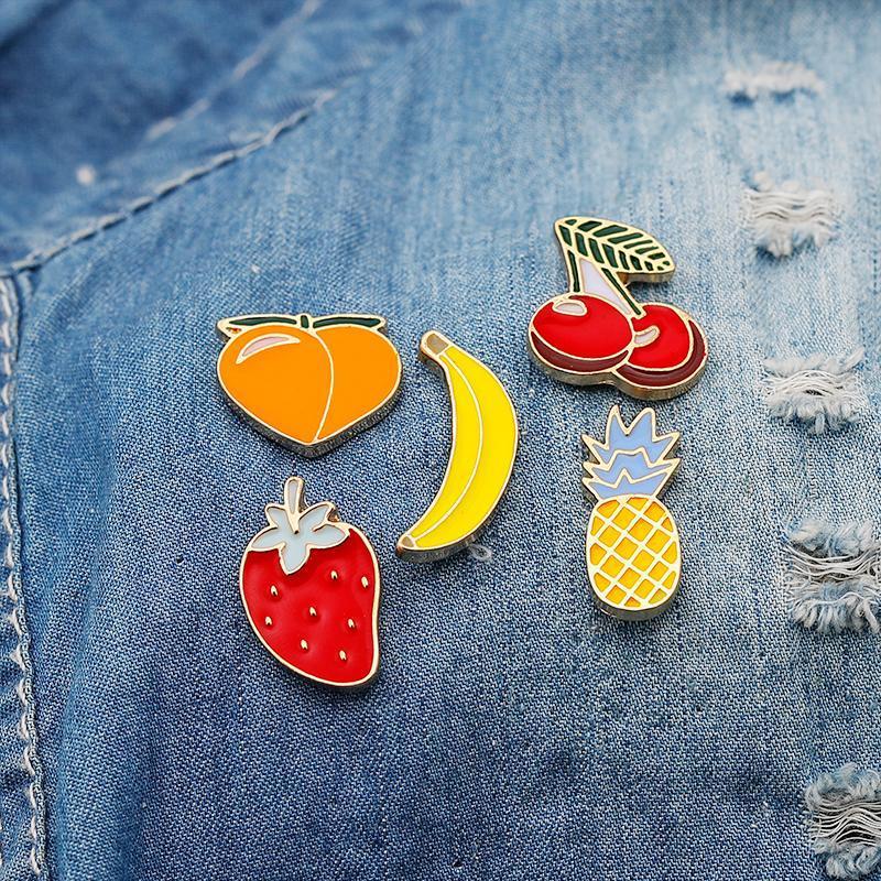 Broche de fruta Lindo Historieta Japonés Creativo Fresa Cerezo Insignias Joker De Bolsa De Niñas Decoración Pines
