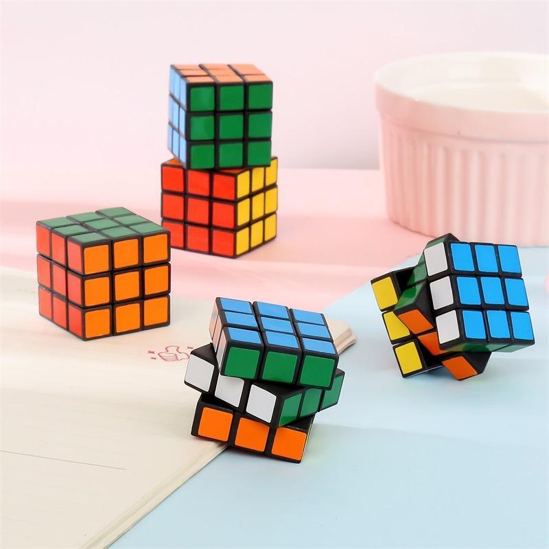 3 cm Colorido Mini Puzzle Cube Juguete Mini Cubos Mágicos Chico Inteligencia Juguetes Juguetes Juegos Juguetes Juguetes Niños Regalos de cumpleaños