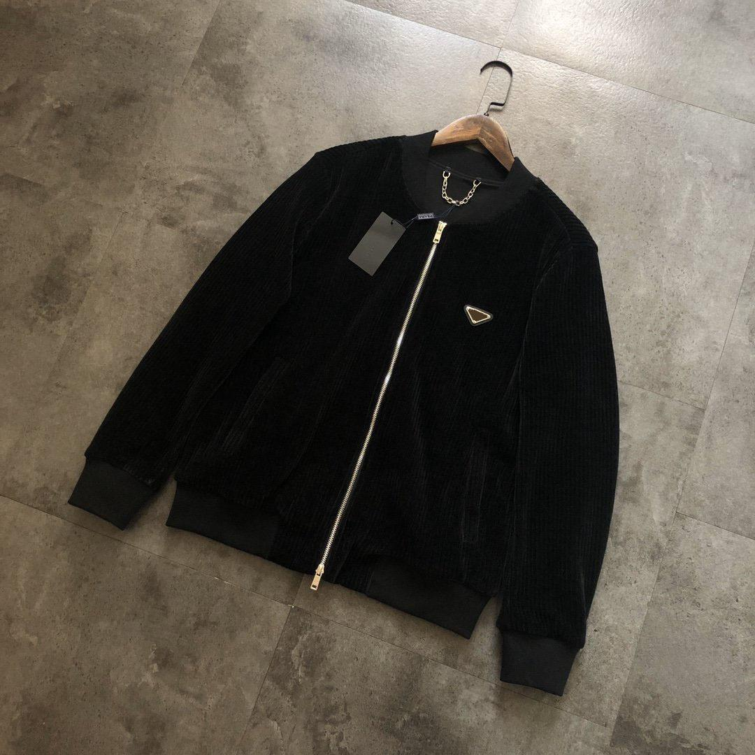 Die meisten Mode Casual Jacken Herren Bequeme hochwertige importierte Nylon-OEM-Knopf-Taste dünne Abschnitt Reise im Freien wasserdichte Mantel für Männer