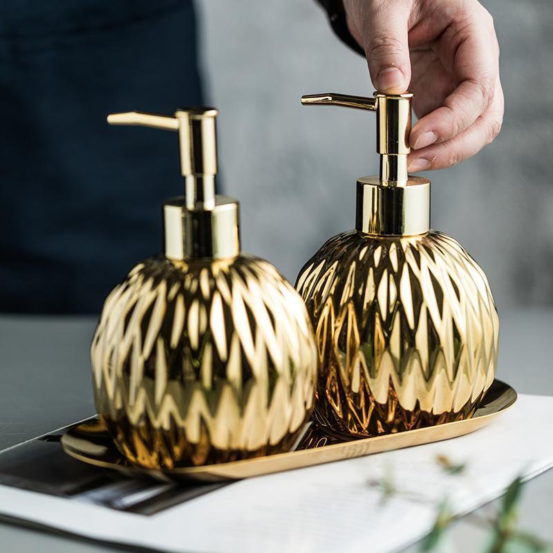 3 teile / satz Badezimmer Zubehör Set Edelstahl Fach Keramik Hand Sanitizer Shampoo Dusche Gel Flasche WC Seifenspender
