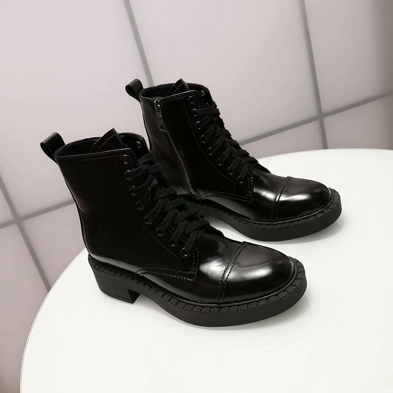 2021 Kadın Çizmeler Marka Dantel Up Ayak Bileği Boot Moda Bootis Tasarımcı Kadın Bootes Yüksek Kalite