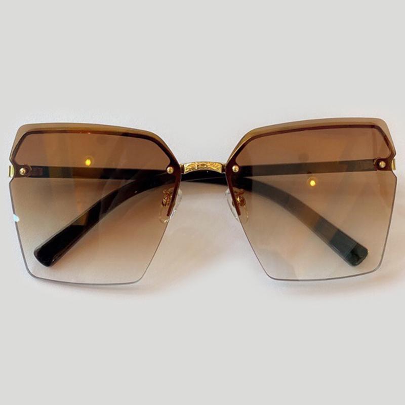 Lunettes de soleil féminine carrées de la grande taille Vintage Designer Fais de gradient sans UV400 O6AA