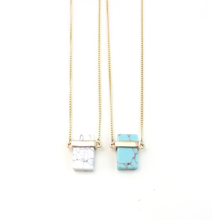 Pendentifs en pierre naturelle Rectangle Colliers de cristal pour femmes Quartz Stones Collier Crystal Stones Bijoux 4 couleurs